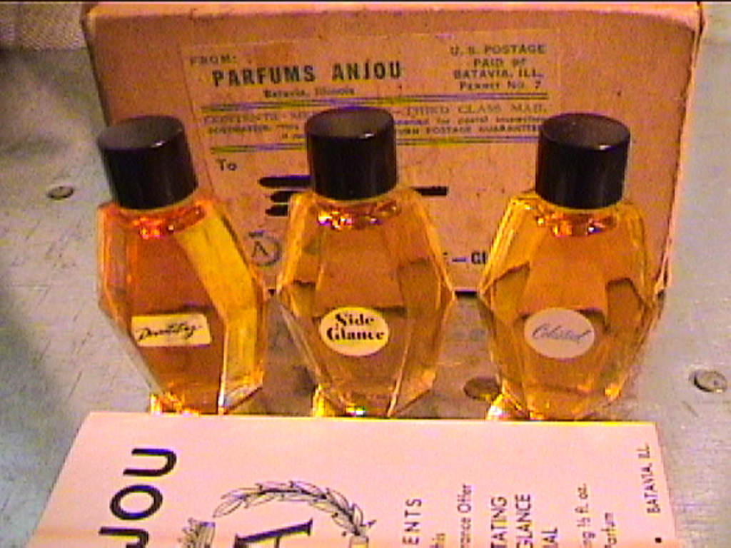 report on perfume I bought from aftershave for my partner, paid direct via paypal as my ebay checkout was not working, its fake, and theres been about 10-15 bottled.