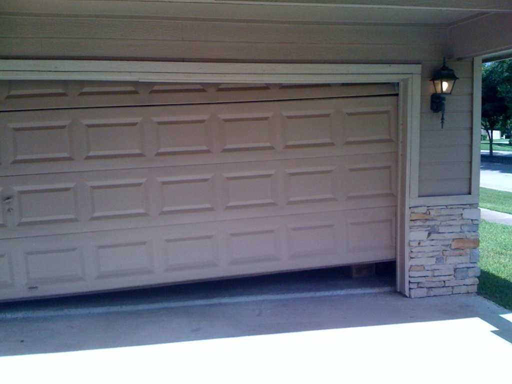 600 #3A9191 Is This Ripoff Report About You Ripoff Report A Business First Line Of pic Best Garage Doors Consumer Reports 3941800